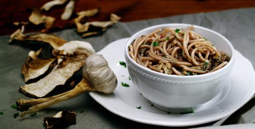spaghetti-aglio-olio-porcini